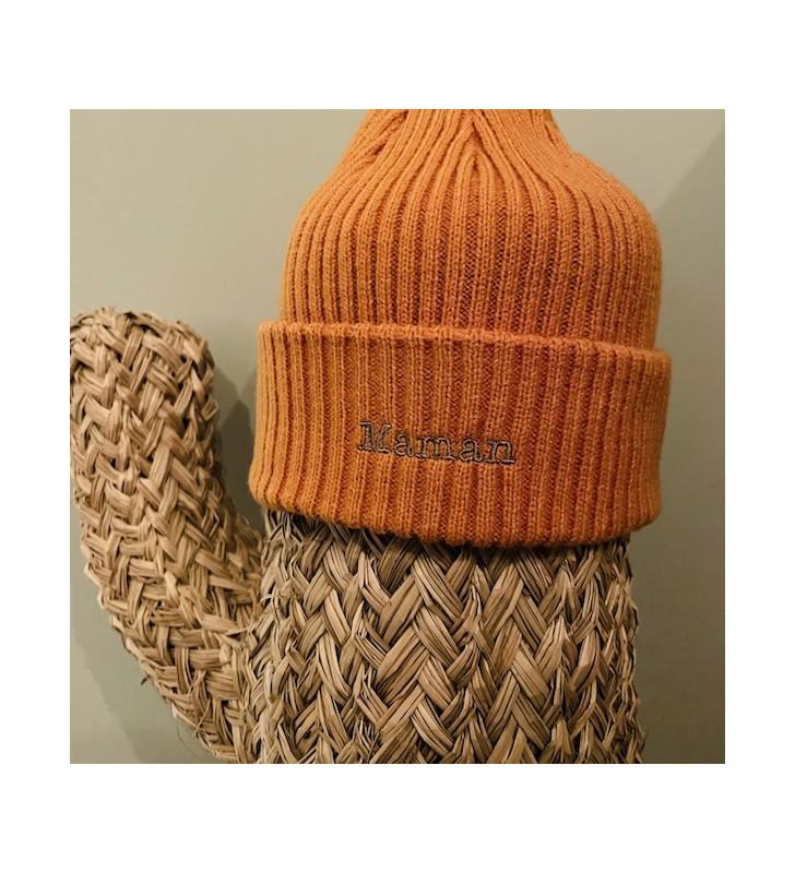 bonnet moutarde/fil doré